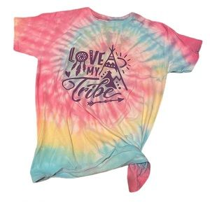 Tie dye my tribe graphic tee shirt medium
